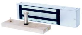ML-395 (Б/Э) Электромагнитный замок, 12V DC, 0,64 A. Усилие 500 кг. Габариты 267x70x45 mm. Вес 5,5 кг. Алюминиевый корпус. Размер отсека блока электроники 52x63x36мм. Уголок для крепления в комплекте.